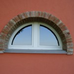 FINESTRA AD ARCO IN PVC